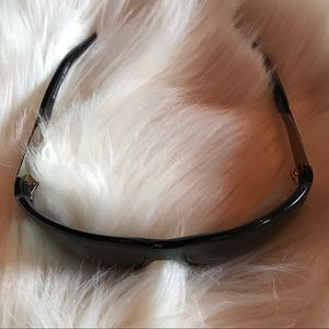 Burberry ~ Sunglasses 🕶 ~ Black & Silver check!